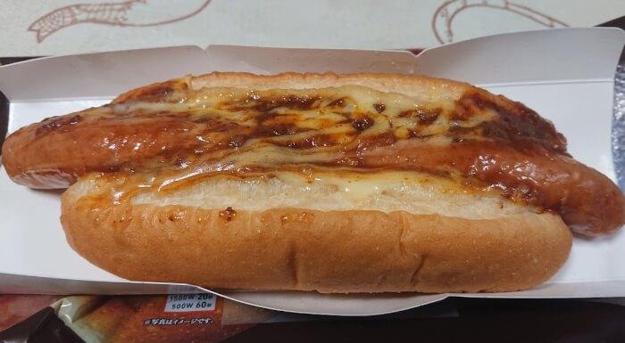 ローソンのミート&チーズ本体