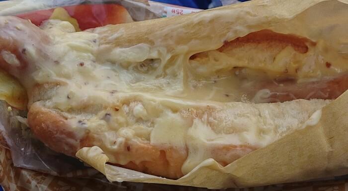 セブンのチーズチーズチーズの本体