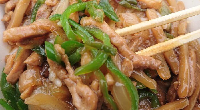 セブンの香ばし炒め青椒肉絲の具材2