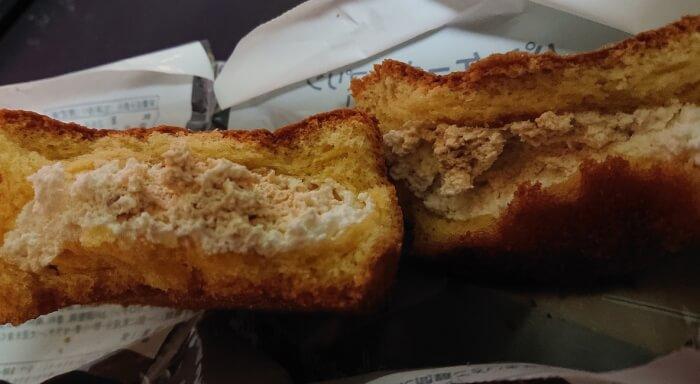 ファミマのパンケーキにプリン入れちゃいました!の本体断面1