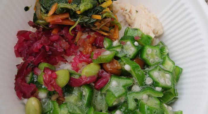 ローソンの1食分の野菜が摂れるネバネバご飯の具材